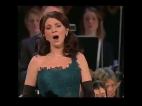 Opera singers dubbed with dial up modems