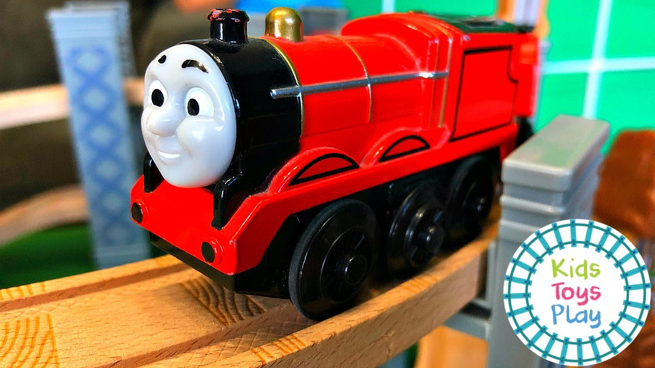 Huge Thomas and Friends Wooden Railway Track Build