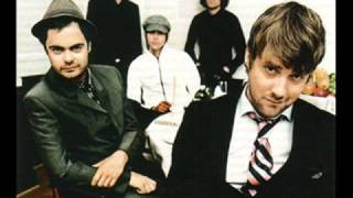 Kaiser Chiefs- Never Miss A Beat