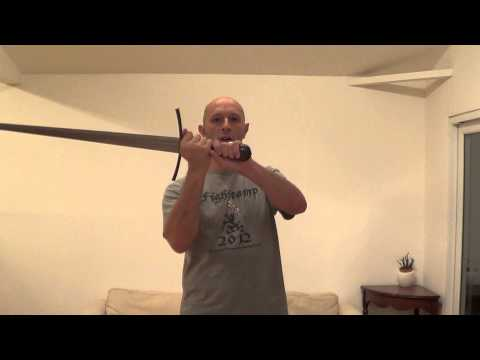 Longsword hilt length and context in historical fencing