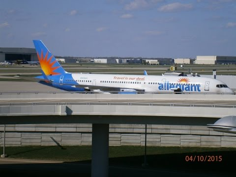 Indianapolis International Airport Spotting April 10, 2015. Where Southwest Takes Over!!