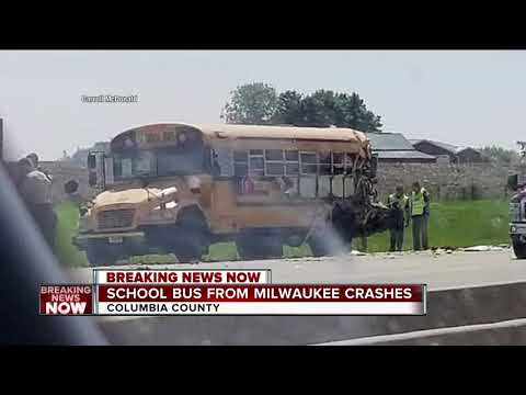Semi hits school bus carrying Milwaukee-area students near DeForest, 4 hurt