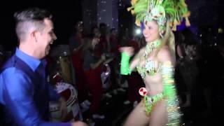 Show de Mulata e Bateria de Escola de Samba em Aniversario Buffet Patio