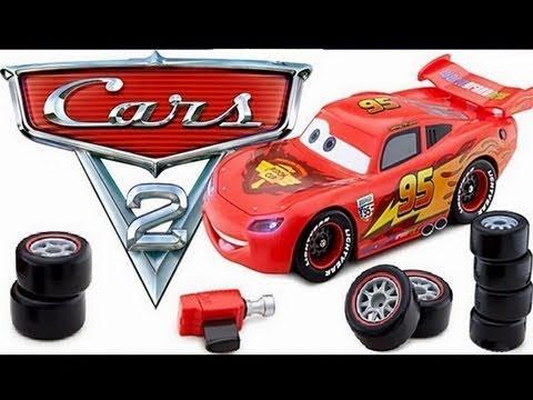 Cars 2 Transforming Lightning McQueen