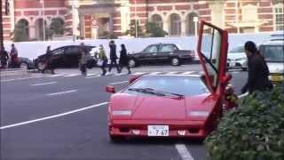 東京駅前でランボルギーニカウンタックのオーナーさんとカウンタックに...