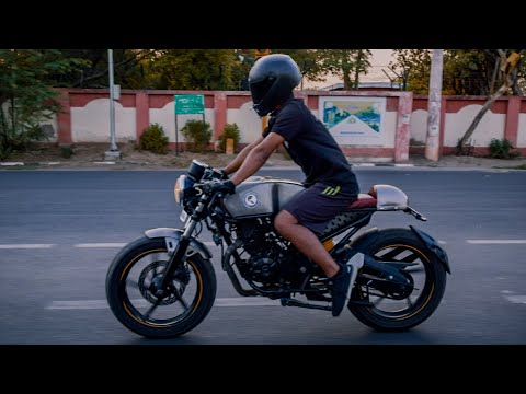 Modified Bajaj Bike Into Cafe Racer