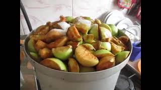 Соковарка или соковыжималка - на чем лучше готовить яблочный сок?