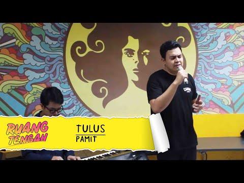 Tulus - Pamit (LIVE) at Ruang Tengah Prambors