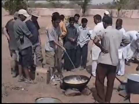 Volunteer in Rural School of India.