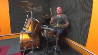 Luca Pagliari lezioni di batteria 2016, esercizi per lo swing parte 1