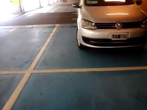 Auto Mal Estacionado En Terrazas De Mayo Youtube