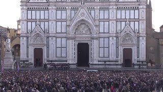 Astori, da Totti a Pirlo, a Van Basten: i calciatori salutano Davide Astori