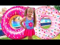 Diana Pretend Play with Inflatable Food Toys
