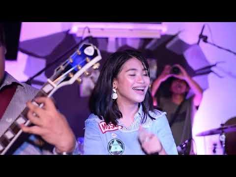 Kahit Ayaw Mo Na - This Band (LIVE) (At Legazpi City)