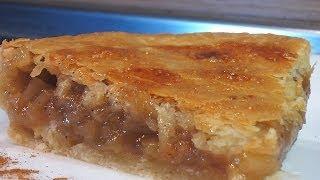 Яблочный пирог с корицей слоеный. Очень вкусно!(Сайт проекта:http://www.videocooking.ru Просейте муку, смешайте с нарубленным маргарином и добавьте воду. Замесите..., 2013-10-16T17:10:55.000Z)