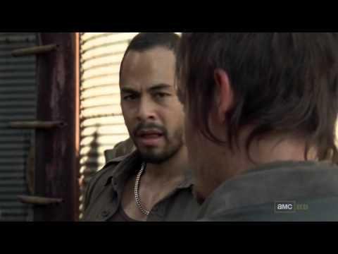 Daryl and Martinez kill walker the walking dead