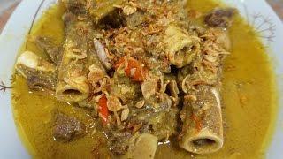 1kg tulang kambing 1/4kg daging (bisa lebih) 1 batang serai (geprek) 4 lembar daun salam 2 lembar daun jeruk 2 iris lengkuas 1 tomat 1 biji gula jawa 5 cabe ...