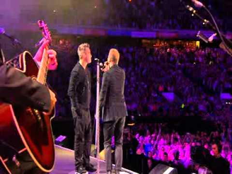 Robbie Williams and Gary Barlow - Shame - Heroes Concert
