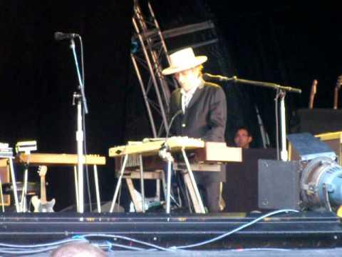 Bob Dylan in Thomond Park 2010