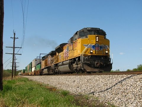 A Walk in the Countryside - CSX and NS in West Virginia, 4 may 2014