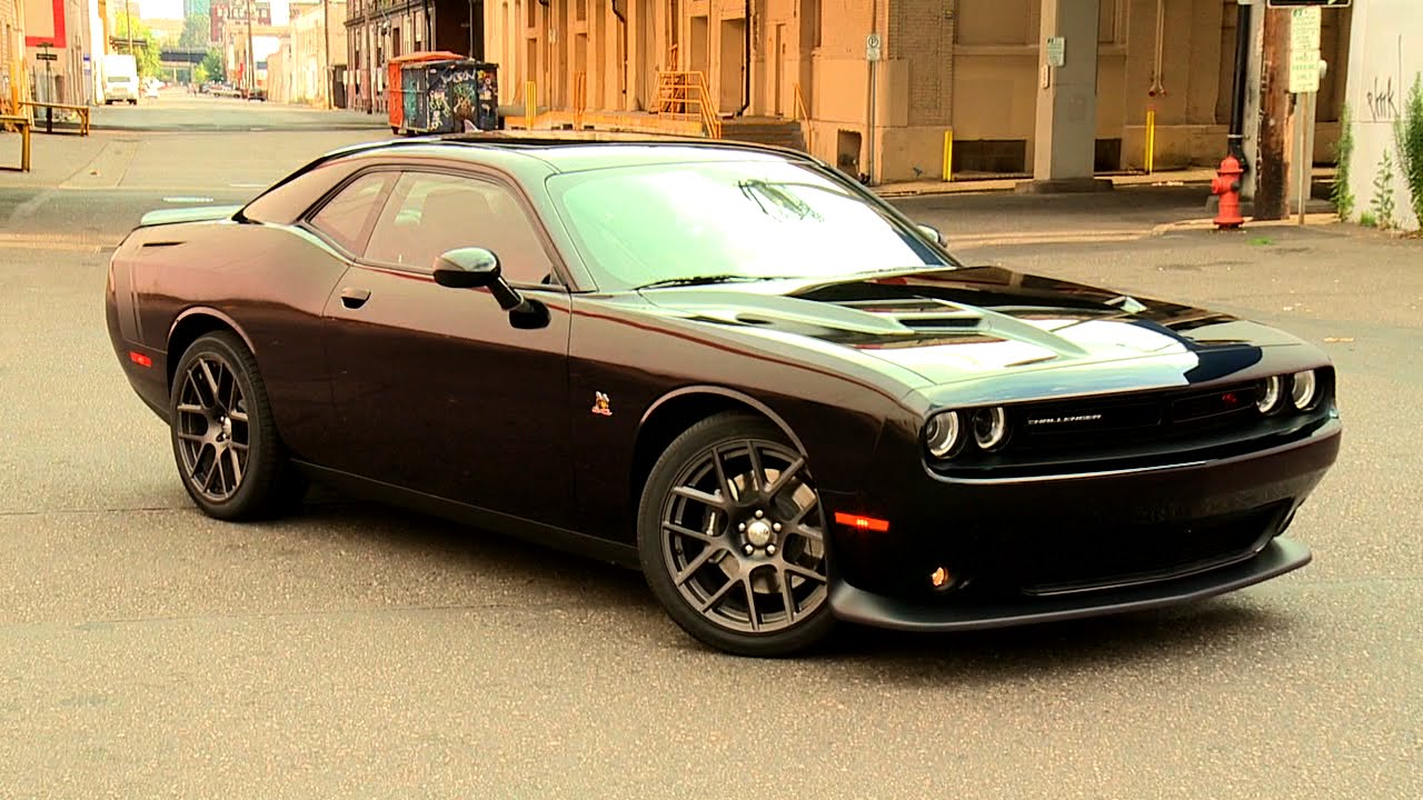 2015 dodge challenger scat pack youtube. Black Bedroom Furniture Sets. Home Design Ideas