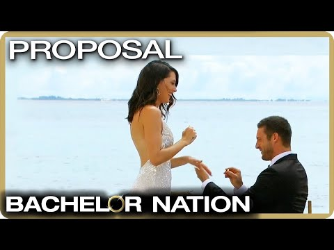 Garrett Proposes To Becca! 💍| The Bachelorette
