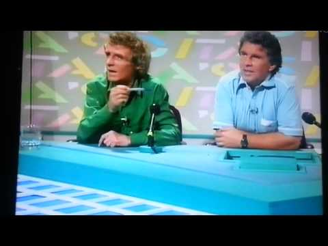 Eamon Dunphy rants and throws his pen (classic 1990)