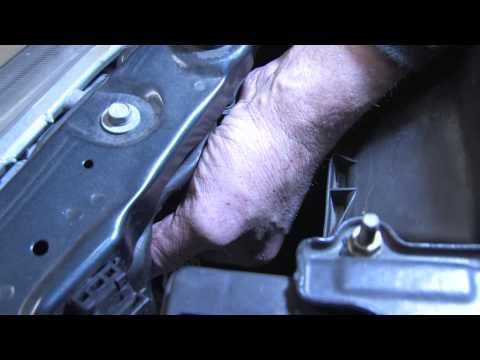 Auto Repair  Maintenance  How to Replace Headlight Bulbs - YouTube