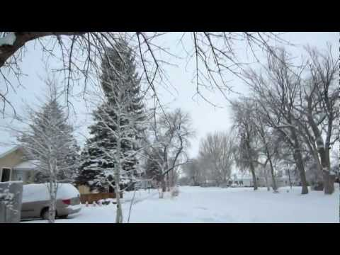 Riverton, Wy - Snow accumulation during storm in Feb 2013