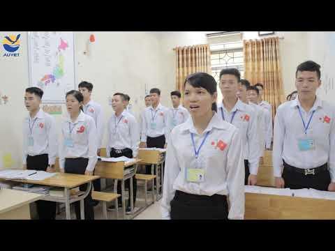 Thực tập sinh vui hát bài