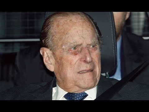 Prince Philip surrenders driving licence three weeks after crash  - Today News US