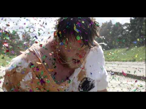 The Smith Street Band – Surrender (Official Video)