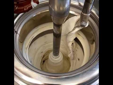 Making Stracciatella Gelato
