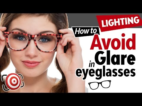 how-to-avoid-glare-in-eyeglasses.-photographing-people-with-glasses-and-minimizing-reflections