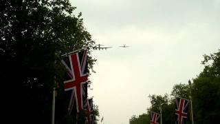 Royal Wedding Fly-past 29.04.2011 Lancaster Bomber, Spitfire, Hurricane