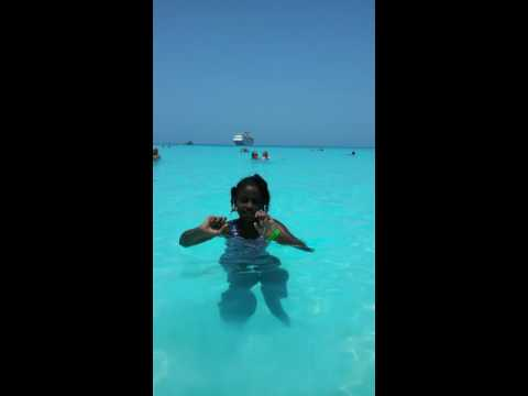 CARLA'S VLOG - JAMAICAN LIVING IN USA! Family Vacation in Bahamas.