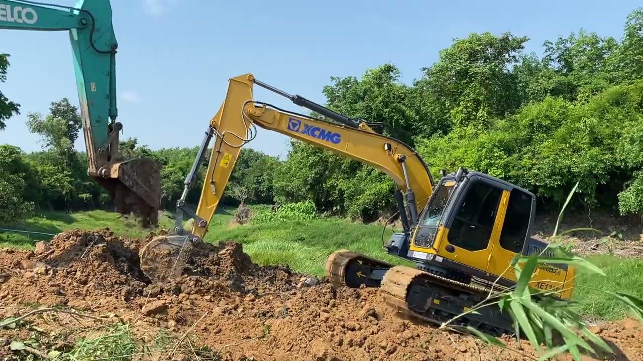 รถแม็คโครติดหล่มหนักมาก แม็คโครตักดิน 2 คัน ช่วยกันตักดินเพื่อช่วยเหลือ Excavtor KOBELCO & XCMG