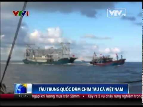 Cận cảnh hình ảnh tàu Trung Quốc đâm chìm tàu cá Việt Nam