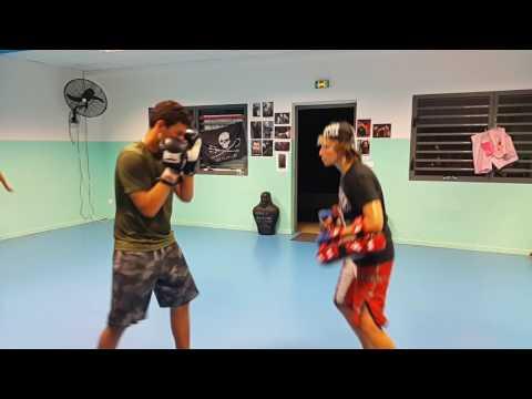 Kickboxing lesson with Valentin au Gwadakickboxing