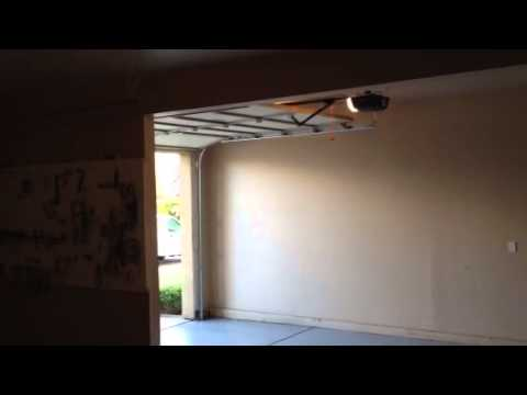 Garage Door Opener Chamberlain Liftmaster 2000sdr Doovi
