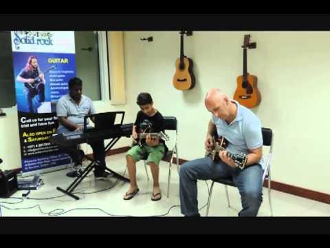 Electric Guitar Classes in Dubai