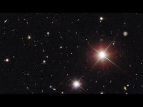Zooming on Comet Bernardinelli-Bernstein