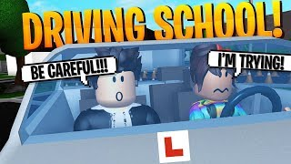 Teaching The People of Bloxburg TO DRIVE at My Driving School! 🚗 - Roblox Roleplay