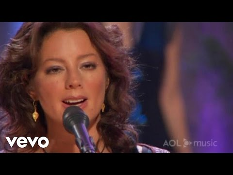 Sarah McLachlan - Building A Mystery (AOL Music Sessions/aolmusic.com)