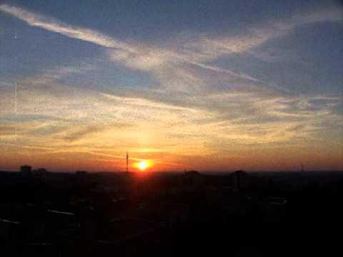 New Life'm - Każdy wschód słońca - Z ciemności do światła
