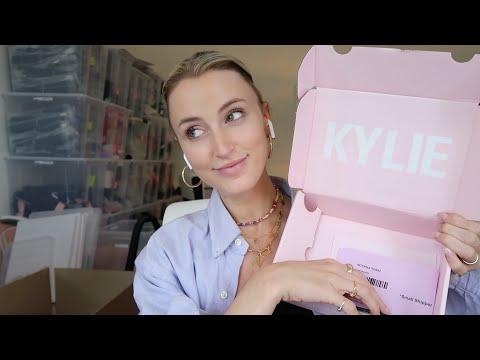KYLIE JENNER LIPKIT TESTEN - Vlog 341 - Queen of Jet Lags