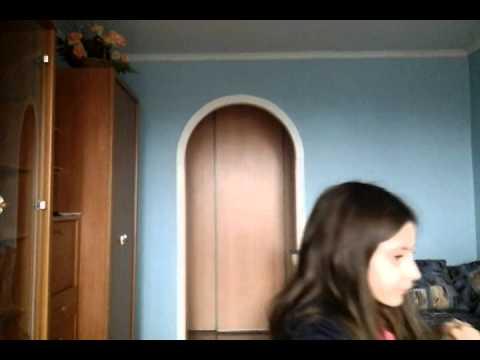 Смотреть видео бесплатно девочка глотает сперму фото 593-107