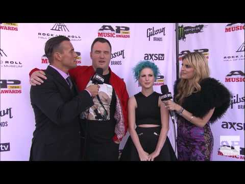 Hayley Williams and Chad Gilbert APMAs red carpet interview with CM Punk and Juliet Simms