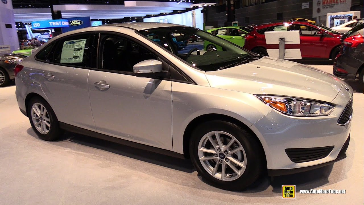 2015 ford focus se sedan exterior and interior walkaround 2015 chicago auto show youtube. Black Bedroom Furniture Sets. Home Design Ideas