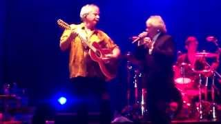 Air Supply en Paraguay 5-16 Graham saluda madres e independencia - Chances